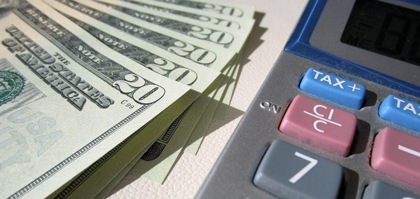 W jaki sposób zarabiają firmy bukmacherskie i kasyna?